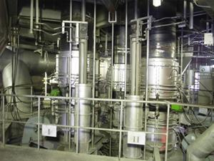 電気熔錬炉の電極装置